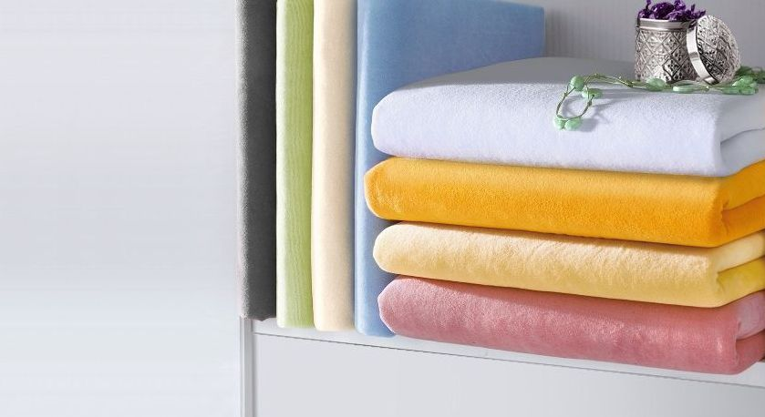 Spannbetttuch Nicki-Velours mit kuscheliger Oberfläche