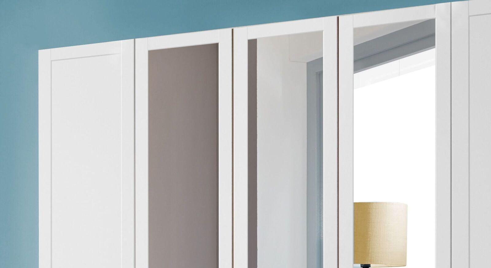 Spiegel-Kleiderschrank Alvito mit stilvoller Kassettenoptik