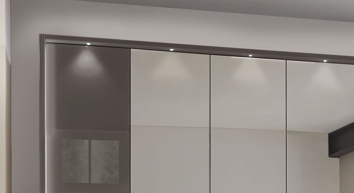 Spiegel-Kleiderschrank Harrow mit eleganten LED-Leuchten