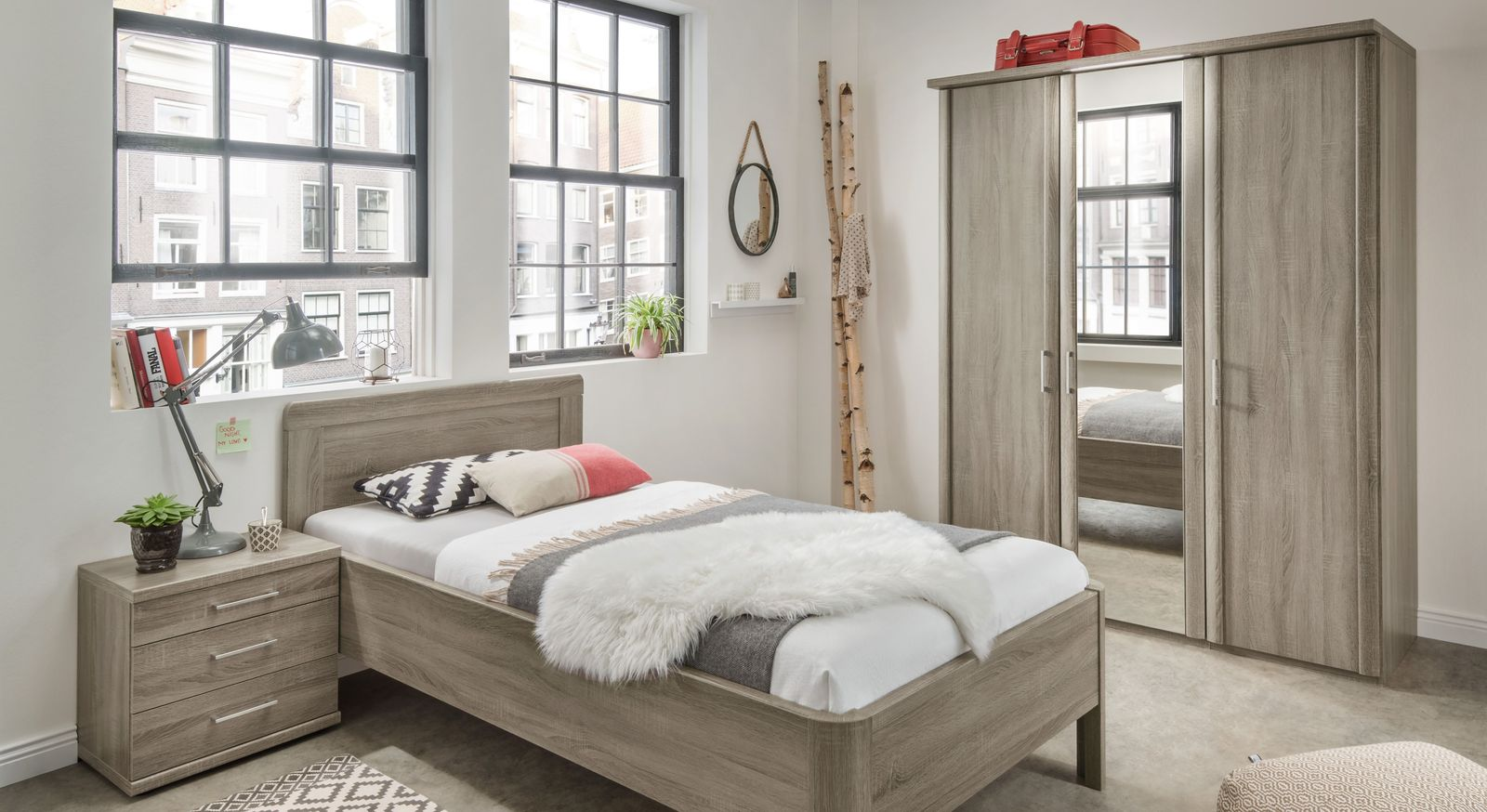 Spiegel-Kleiderschrank Troia mit passenden Schlafzimmermöbeln