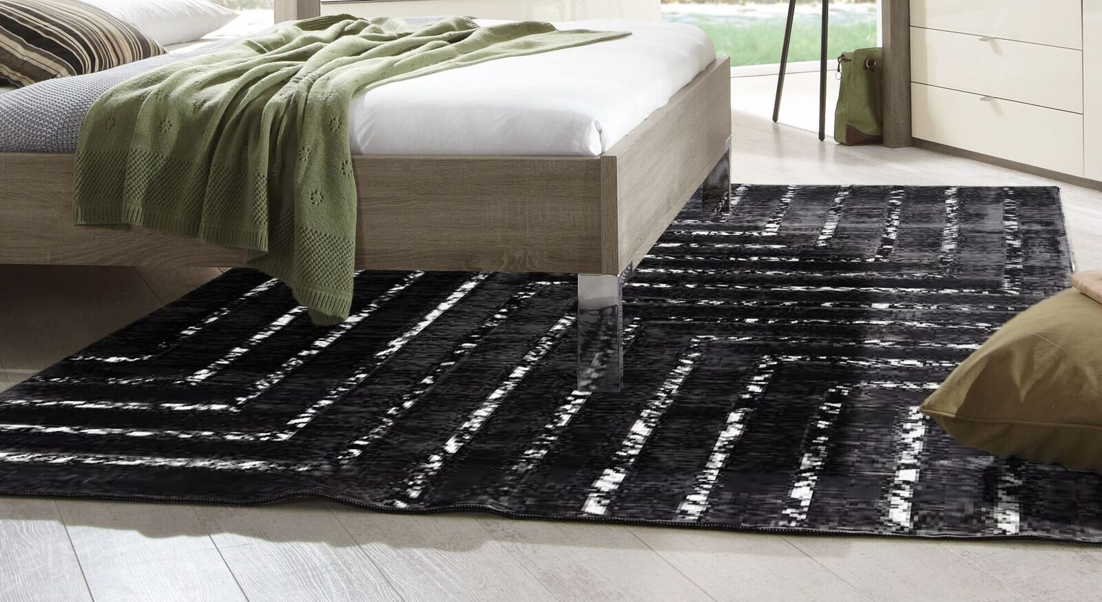 Teppich Lines mit flauschigem Viskoseflor