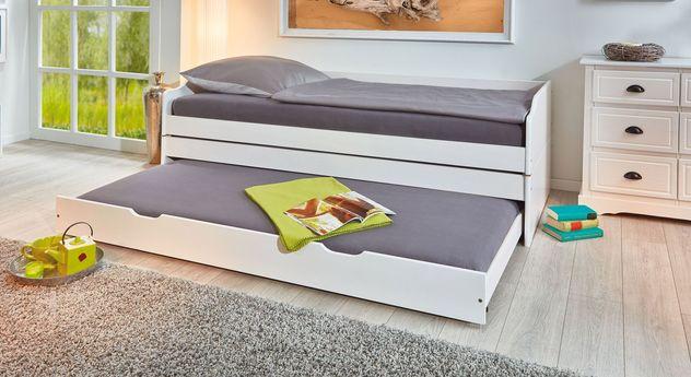 funktionsbett aus massiver kiefer mit drei schlafpl tzen 3 in 1. Black Bedroom Furniture Sets. Home Design Ideas