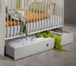 Babybett Armillas Schublade mit Griffloch