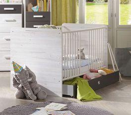 Babybett Mereto mit praktischen Schlupfsprossen