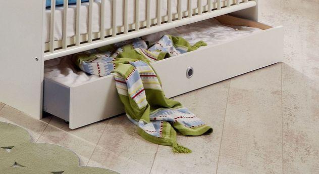 Babyzimmer Los Pinos mit praktischer Bettschublade