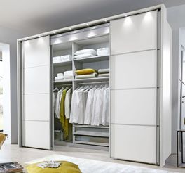 Moderner begehbarer Kleiderschrank Plainville mit Dekorfront