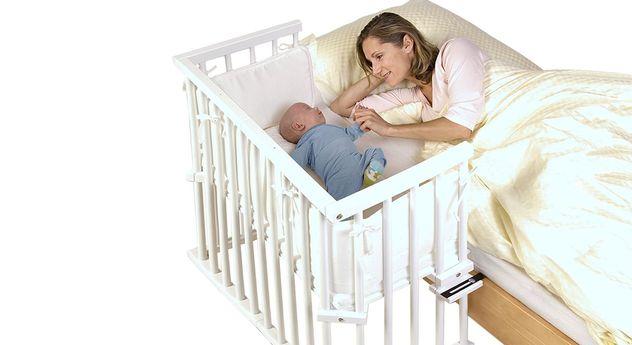 Modernes Beistellbett BabyBay Midi in Weiß