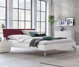 Trendiges Bett Akuma mit extravagantem Kopfteil