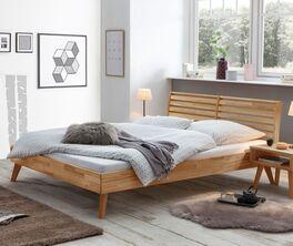 Bett Albin mit attraktiver Holzmaserung