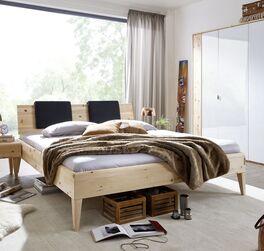 Bett Alistra Komfort aus duftendem Holz