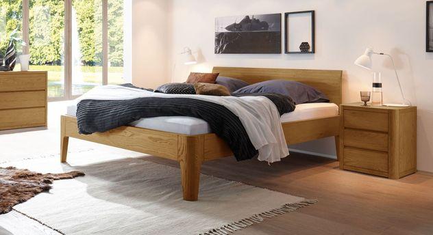 Massives Bett Ambato aus Eiche in Natur