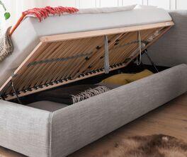 Praktisches Bett Astarte mit integriertem Stauraum