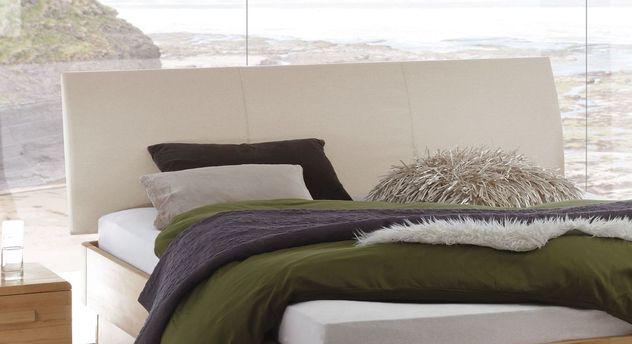 Bett Ballina mit bequem gepolstertem Kopfteil