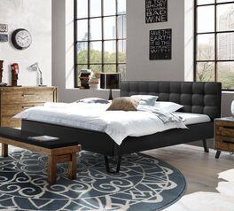 Modernes Bett Banvano mit schwarzem Bezug