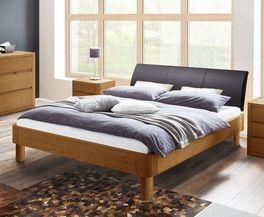 Langlebiges Bett Barbados mit massivem Holzrahmen