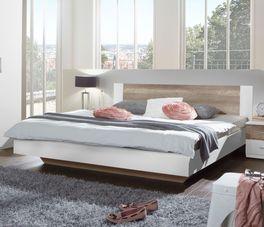 Lavafarbenes Bett Boquila mit Absetzungen in Schlammeiche