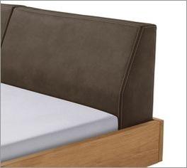 Bett Dano mit in den Rahmen eingesetztem Kopfteil
