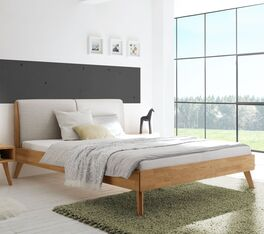 Bett Elina aus robustem Massivholz