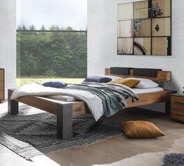 Hochwertiges Bett Ensio aus Massivholz