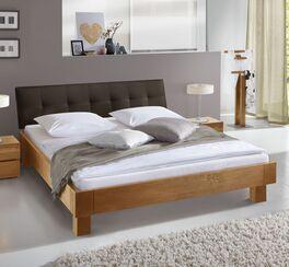Bett Floriano aus hochwertigem Material