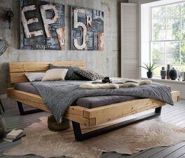 Stylisches Bett Galja mit gestecktem Holzrahmen
