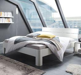 Schlichtes Echtholz-Bett Gamba in Weiß