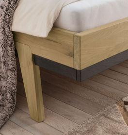 Bett Gordola mit modernen Holzfüßen
