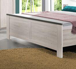 Bett Grom mit praktischem Fußteil