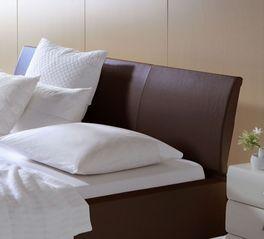 Modernes Bett Harmony mit gepolstertem Kopfteil