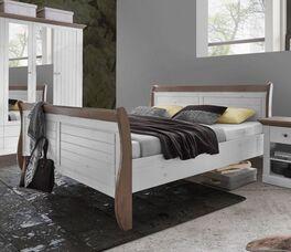 Holzbett Himal im Landhaus-Design