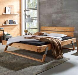 Bett Ikast im Industrial Style