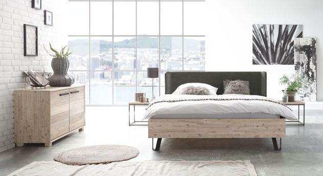 Bett Imatra mit passenden Schlafzimmer-Möbeln