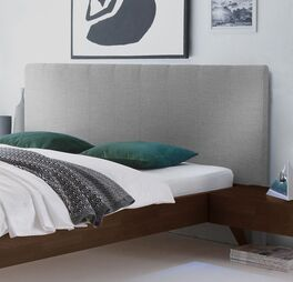 Bett Immanuel mit 105 cm hohem Wandpaneel