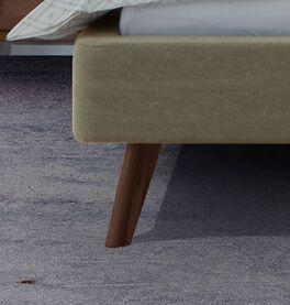 Bett Lovisa mit Bettbeinen aus Nussbaumholz