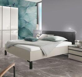 Modernes Bett Loyd im jugendlichen Stil