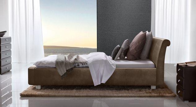 Bett Macuma mit passenden Schlafzimmer-Möbeln