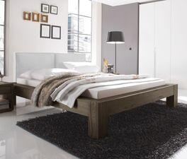 Klassisches Bett Maia mit stabilem Rahmen