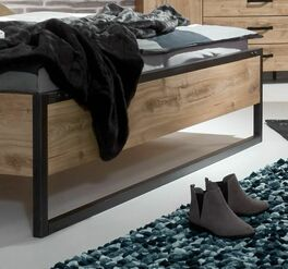 Bett Mancos mit stabilen Metallkufen
