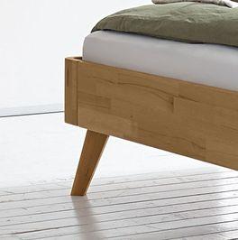 Bett Minoa mit schräg ausgestellten Bettbeinen
