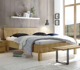 Geradliniges Bett Mossa aus hellem Eichenholz