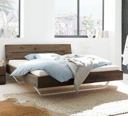 Bett Nakiri aus rustikalem Wildeichenholz