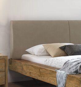 Trendiges Bett Okondo mit gepolstertem Kopfteil