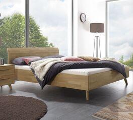 Bett Robinta aus stabilem Echtholz