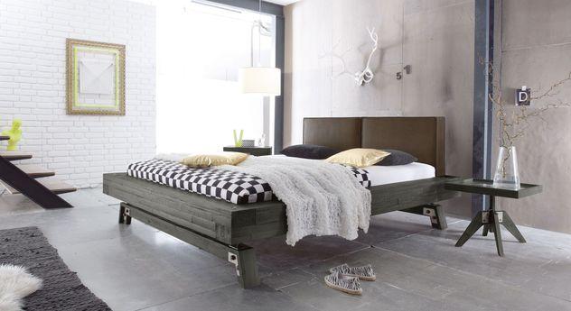 Bett Salo mit Schlafzimmer-Einrichtung im Industrail Style