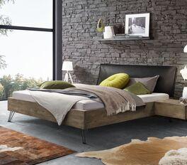 Modernes Bett Silandro in rustikalem Look