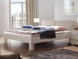 Robustes Bett Tiago aus massivem Buchenholz