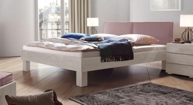 Weißes Bett Tiago mit rosefarbenem Kopfteil