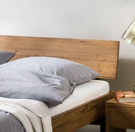 Bett Tumas Kopfteil aus Wildeiche