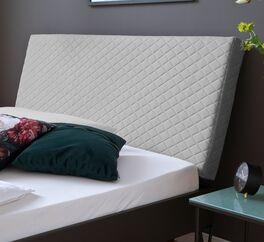 Bett Vegeta mit hochwertiger Rautensteppung