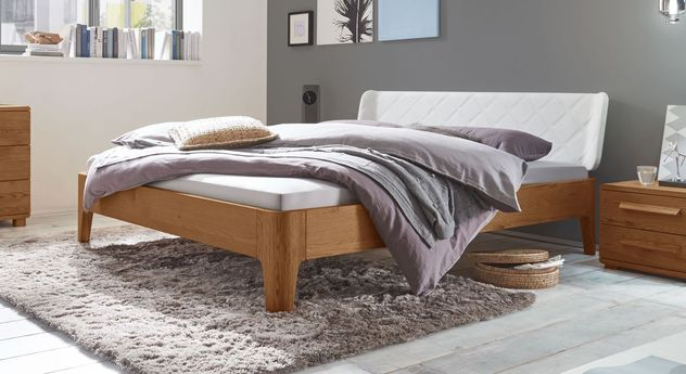 Bett Viamao aus cognacfarbenem Eichenholz